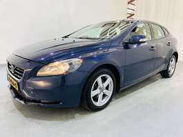 other passenger car Volvo v-40 1.6 D2 Kinetic Navi/Climate 2013