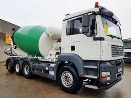 camion betoniera MAN TGA 35.400 8X4 2008