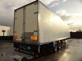 closed box semi trailer Schmitz Cargobull Box / Fourgon 1999