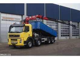 tipper truck Volvo FM 400 8x4 Kipper HMF 22 ton/meter laadkraan 2006