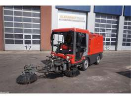 Road sweeper truck Ravo 340 ST with 3-rd brush 2007