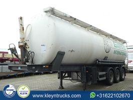 feed semi trailer Spitzer SK 2758 CAL 53 m3 tipping silo 2003