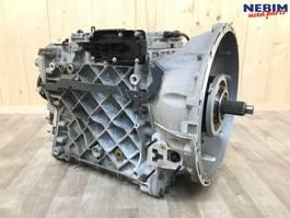 Gearbox truck part Renault Versnellingsbak ATO2612E