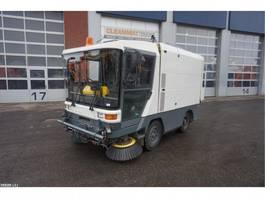 Kehrmaschine LKW Ravo 5002 SIH 3-de borstel voorbereiding 2000