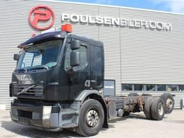 camion con telaio cabinato Volvo FE320 2008