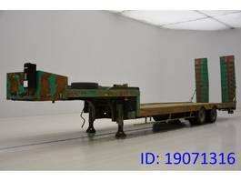 Tieflader Auflieger ACTM Low bed trailer 2005