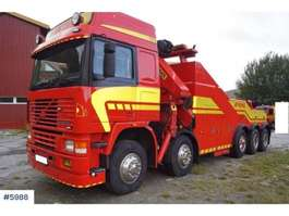 camião reboque de recuperação Volvo F12 5 axel tow truck with 28 t/m kran 1986