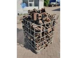Clutch truck part Nooteboom 100x Twistlocks 2005