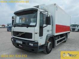 camión frigorífico Volvo FL6 B220 2006