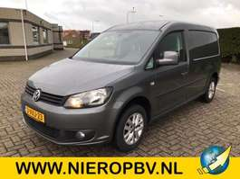 véhicule utilitaire léger fermé Volkswagen caddy maxi tdi  airco navi 2012