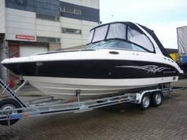 bateau à moteur Chapparal 256 SSX