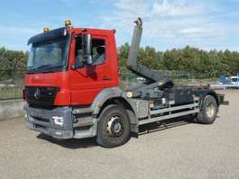 camion portacontainer Mercedes Benz 1928 - 4x2 - AXOR - 243.602 KM - CONTAINERHAAK 2007