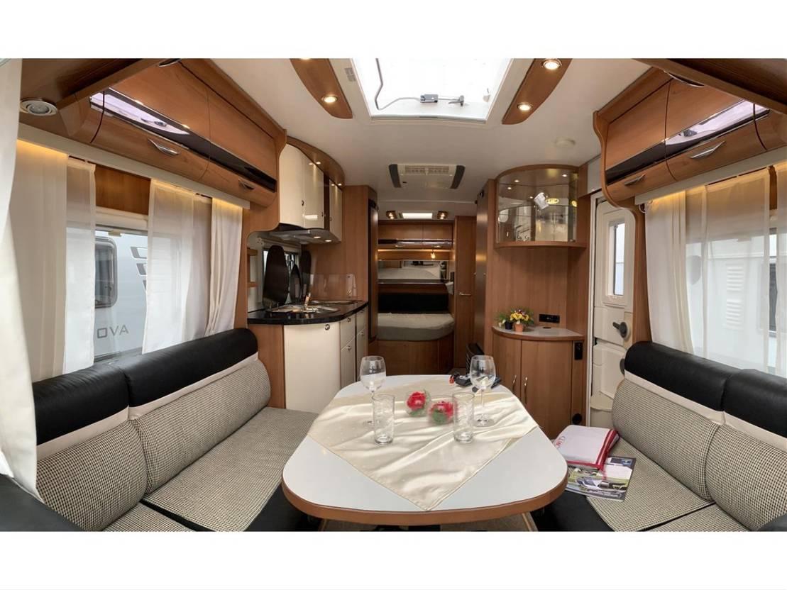 caravane LMC Maestro 550 d, Mover, AC, ARC-ATC, voortent 2014