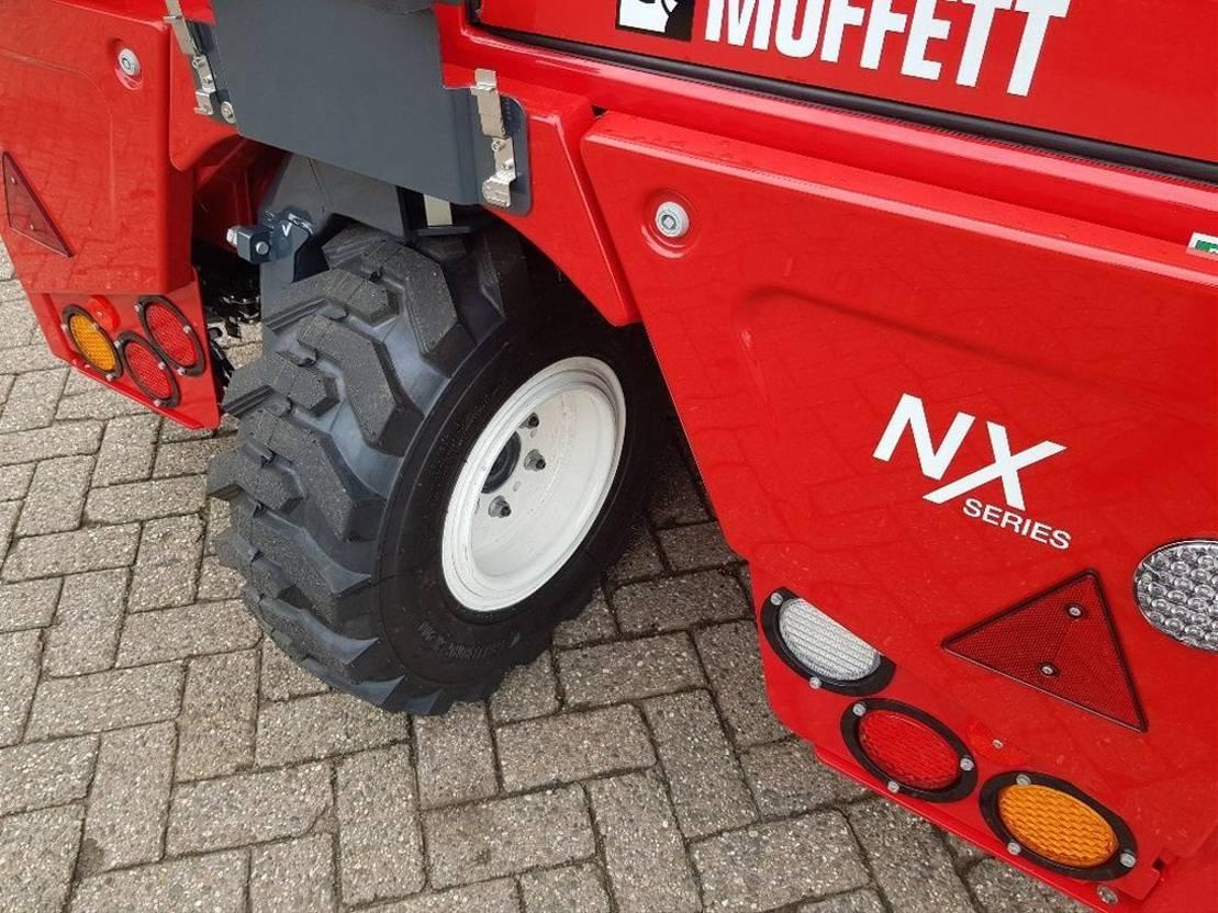 wózek widłowy doczepiony do pojazdu Moffett M4 25.4 Nx Pro Future Stage5 2019
