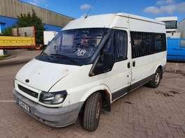 monospace – minibus Ford 125 T330 2006