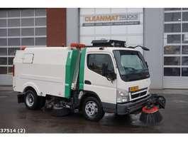 Road sweeper truck Mitsubishi CANTER L7 Brock 4m3 2010