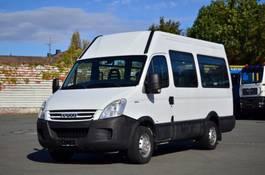 taxi bus Iveco Daily 35S14 12+1 Sitzplätze NUR 110Tkm AHK 2009