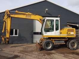 escavadora de rodas Liebherr A900 litronic