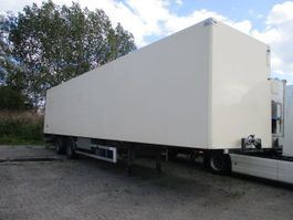refrigerated semi trailer Tracon T.O.S 1218 gestuurd / Laadklep 2006