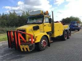camião reboque de recuperação Volvo N1233 1981