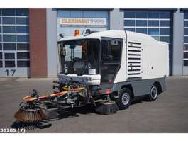 Road sweeper truck Ravo 530 CD Euro 5 with 3-rd brush 2010