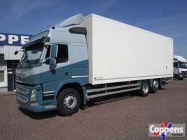 closed box truck Volvo FM 330 6X2 Euro 6 2015
