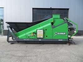 otra máquina de construcción Terex Mobile crusher with hookarm system Bison 100 Evoquip 2016
