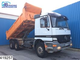 tipper truck > 7.5 t Mercedes Benz Actros 3331 6x4, 13 Tons axles, Manual, Steel suspension, Naafreductie 1999