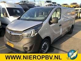 closed lcv Opel vivaro l2 h1 airco navi rijdbare schade 2014