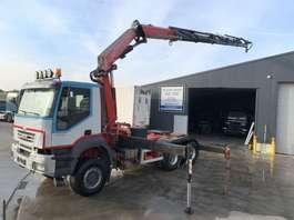 heavy duty tractorhead Iveco TRAKKER 440 6X6 + FASSI 360DXP 2007