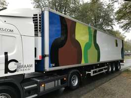 refrigerated semi trailer Pacton Koel/ Vries SEL400. Thermoking 2003