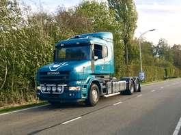 chassis cab truck Scania T 164 480 6x2 torpedo hauber retarder airco king 2004