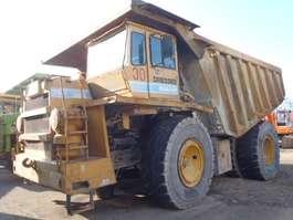 колесный грузовой самосвал Dresser 75C