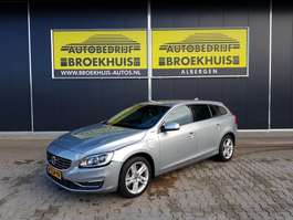 estate car Volvo V60 2.4 D6 AWD Plug-In Hybrid Summum 2014