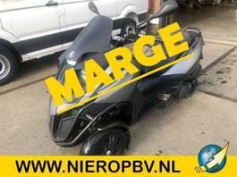 motorcycle Gilera mp3 500ie auto rijbewijs 2014