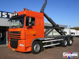 camion portacontainer DAF 105 XF 460 6x2 Haakarm Euro 5 2009