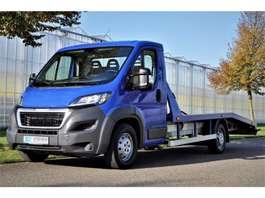 veículo comercial ligeiro camião de reboque Peugeot Boxer 2.0 163 pk Autotransport - Oprijwagen - Bergingsvoertuig 2017