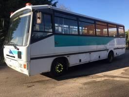 autobús turístico Renault Carrier 1998
