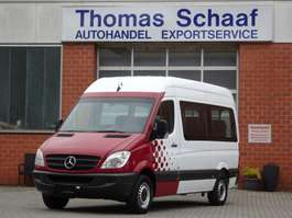 veículo comercial ligeiro de transporte de cadeiras de rodas Mercedes Benz Sprinter 313 Cdi Blue Efficiency 1+8 Sitze Klima Euro 5 2012