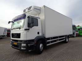refrigerated truck MAN TGM 19.340 + Lift + Cooling + APK 2009
