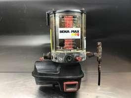 wyposażenie różne Liebherr Liebherr - Lubrication Pump