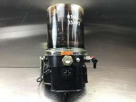 разные навесные орудия Liebherr Liebherr - Grease Pot