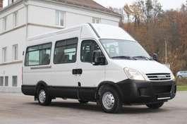 minibus Iveco Daily 35S14 12+1 Plätze Klima 2008
