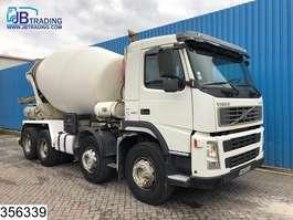 concrete mixer truck Volvo FM12 420 8x4, Stetter, 9 M3,  Beton / Concrete mixer, Airco, Steel suspe... 2004