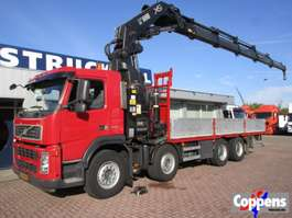 crane truck Volvo 8X4 Hiab 700 Euro 5 2008
