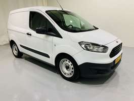 closed lcv Ford Transit Courier Van 1.5 TDCI Economy Edition Airco 2016