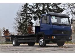 podwozie ciężarówki z kabiną Mercedes Benz 814K 1994 flatbed 1994
