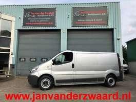 closed lcv Opel VIVARO 2.0 CDTI  LANG  L 2 AIRCO  IN NIEUW STAAT 2014