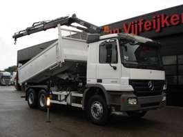 tipper truck Mercedes Benz ACTROS 2636 6X4 - 2 SIDE KIPPER USED TRUCK CRANE HIAB 122 B-2 HIDUO 2009