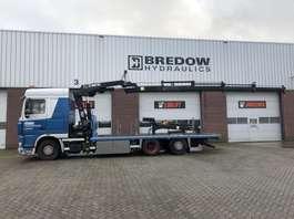 camión grúa DAF FAN XF105 2008